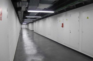 Dans les couloirs de l'immeuble de stockage