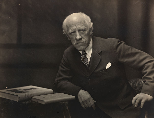 « Portrett av Fridtjof Nansen, 1922 » par Anders Beer Wilse — originally posted to Flickr as Portrett av Fridtjof Nansen, 1922. Sous licence CC BY 2.0 via Wikimedia Commons - http://commons.wikimedia.org/wiki/File:Portrett_av_Fridtjof_Nansen,_1922.jpg#/media/File:Portrett_av_Fridtjof_Nansen,_1922.jpg