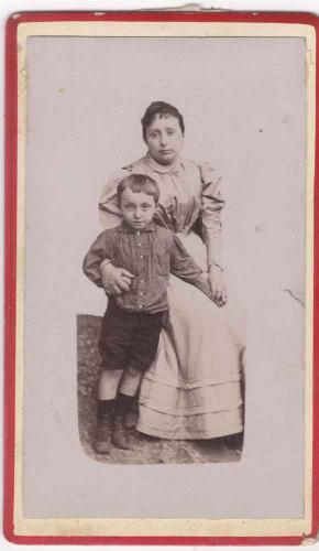 Cécile Karcher et son fils Gustave Pasteur